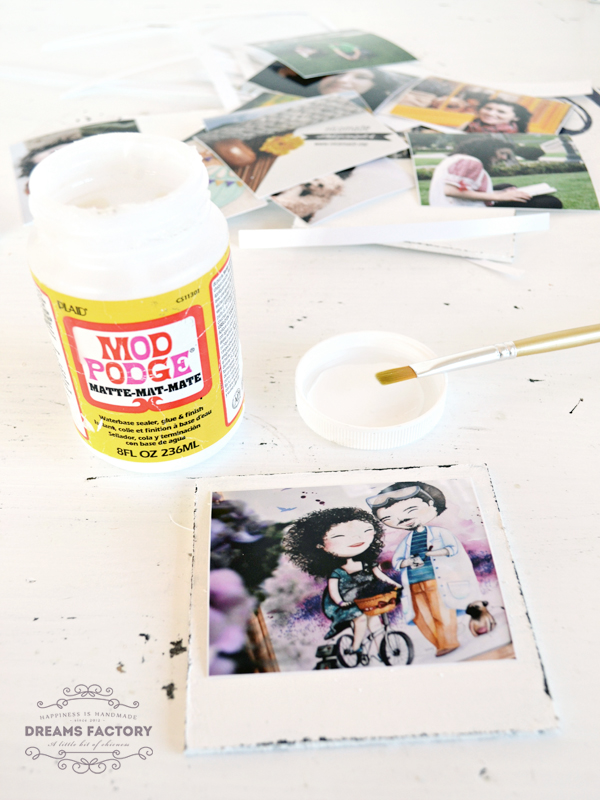 Polaroid photo coasters with Shabby Chic touches | www.bydreamsfactory.com