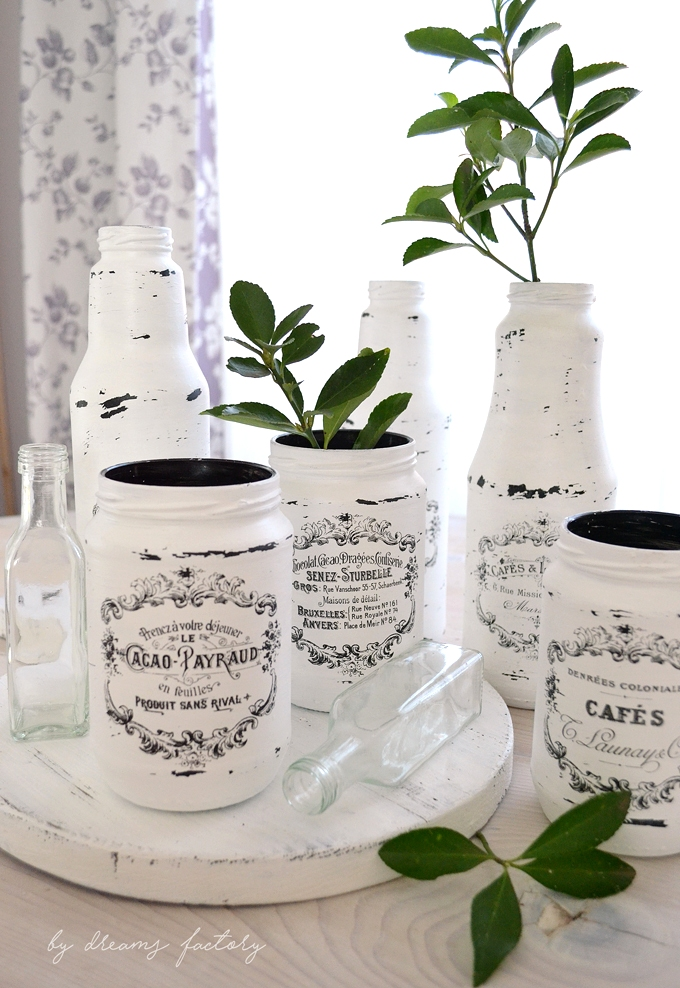 10 Tips for decorating with chic French Jars - ideas on how to easily decorate your home for any season