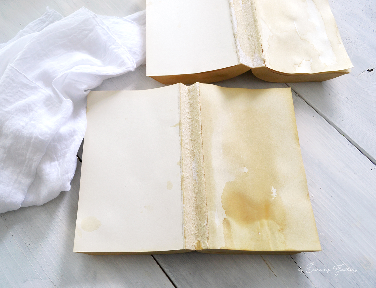 DIY Coffee Stained Vintage Books #DIY #shabbychic #vintage #farmhouse #cottage