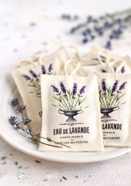 DIY No Sew French Lavender Sachets + free printable