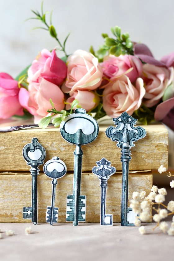 DIY Vintage Paper Key Tags – for opening new doors and unlocking new possibilities