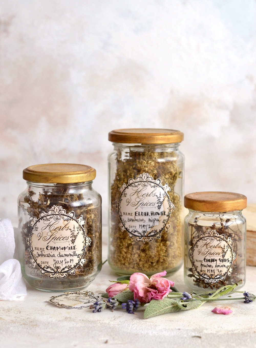 DIY Herbs and Spices Apothecary Jars - learn how to make these super chic vintage apothecary jars, the starting point in your own herbal apothecary adventure!